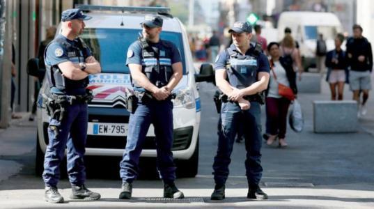 فرنسا..إطلاق نار على مسجد وتوقيف المشتبه