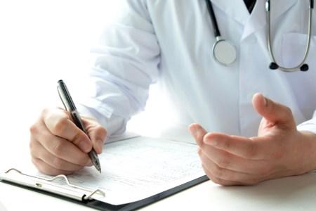 شواهد طبية تطيح بأطباء