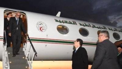 زعيم البوليساريو ينتظر فى انواكشوط حتى مجيئ الطائرة الجزائرية