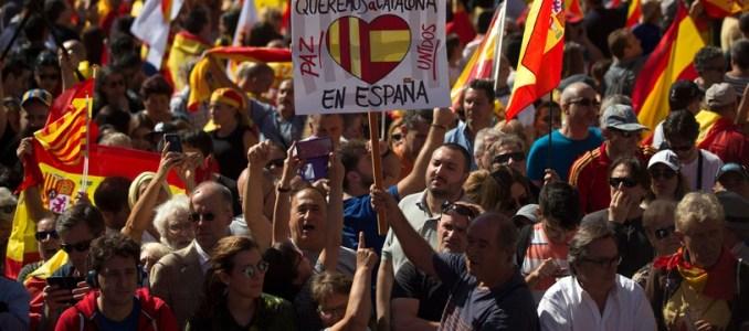 احتجاجات الكطلان تغلق الطريق السيار بين اسبانيا وفرنسا