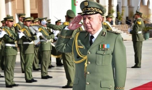 الجزائر.. العثور على جنرال معروف مقتولا في سيارته!