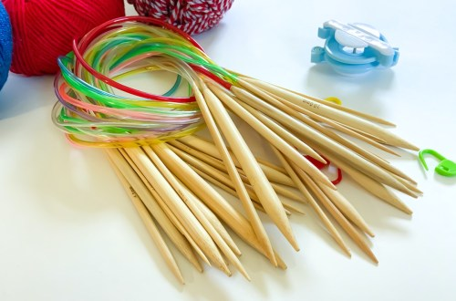 types of knitting needles