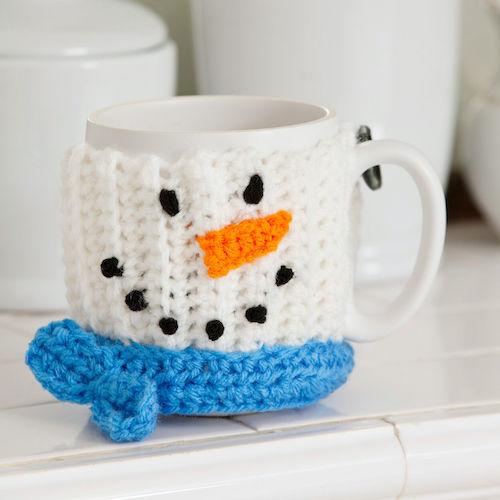 Red Heart Snowman Mug Hug crochet last-minute gift
