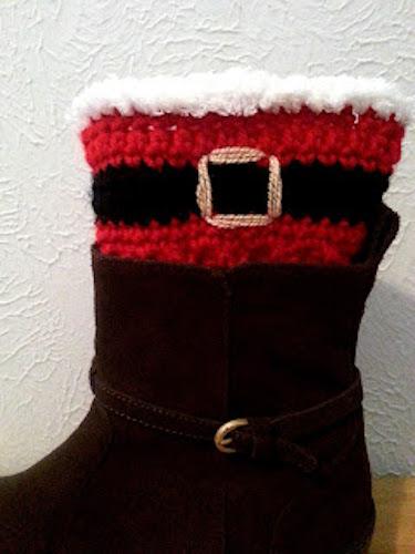 Santa Boot Cuffs crochet last-minute gift