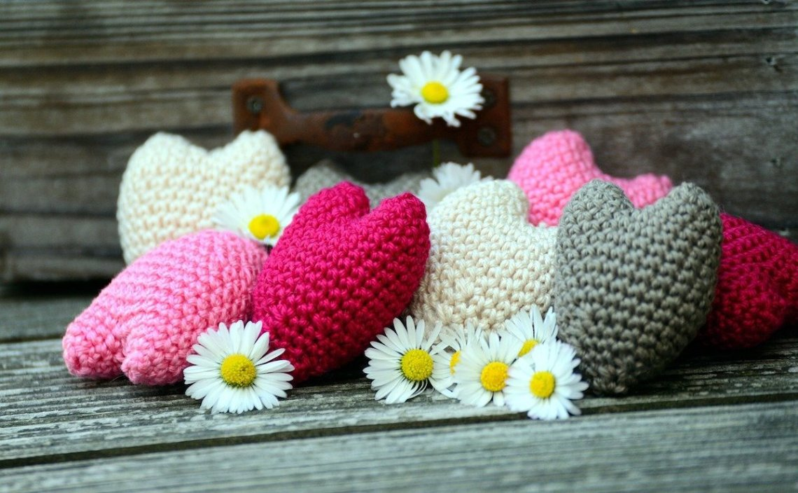valentine crochet free patterns aabharcreations