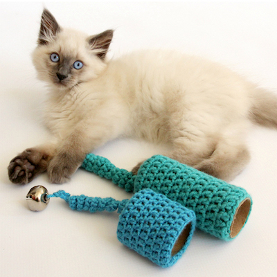 Easy To Crochet Cat Toy by Dabbles & Babbles