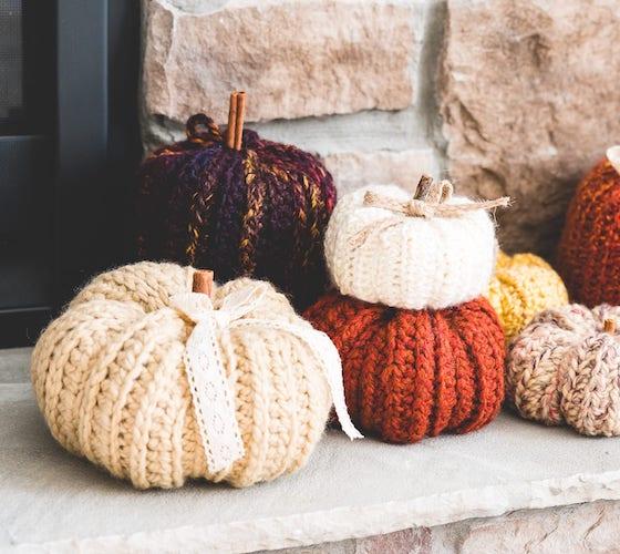 Pattern: Crochet Country Pumpkins from Sewrella