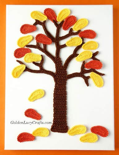 Pattern: Fall Crochet Wall Hanging Idea from Golden Lucy Crafts
