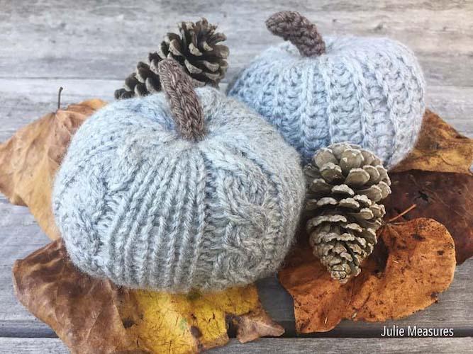 Pattern: Knit Pumpkin Pattern from Julie Measures