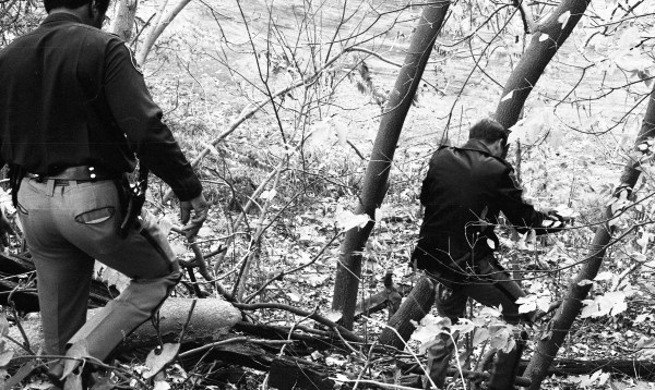 Police Search Woods In Massive Manhunt for Escapee Kyle ...