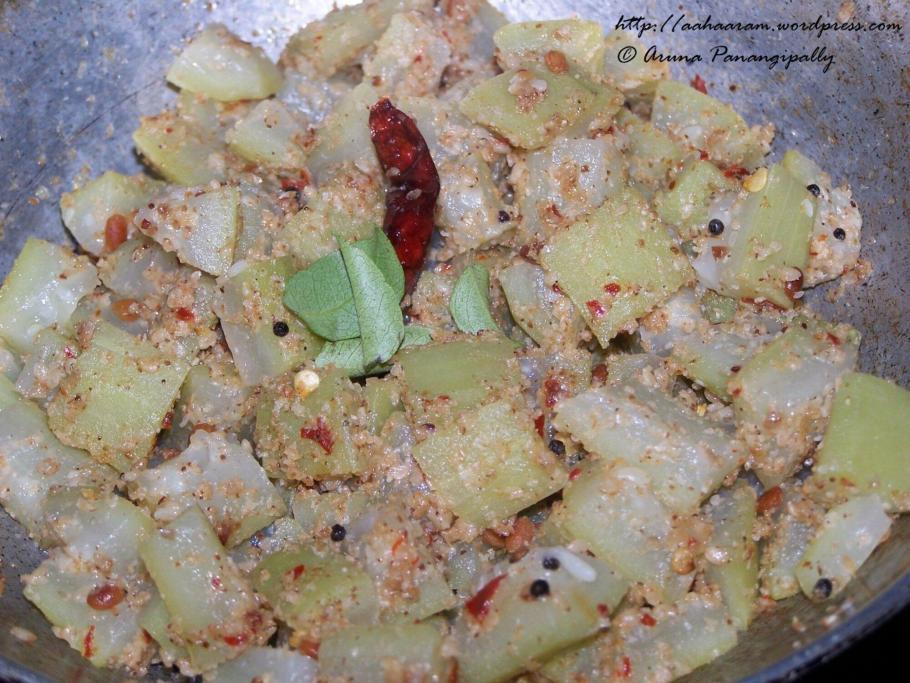 Anapakaya or Sorakaya Koora/Bottle Gourd Curry
