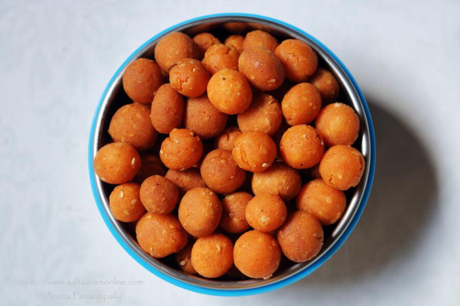 Palakayalu or crispy rice flour balls made in Andhra Pradesh and Telangana for Krishna Janmashtami (Gokulashtami)
