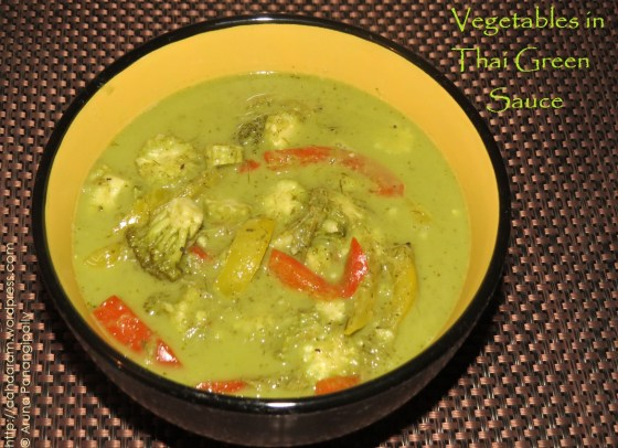 Vegetables in Thai Green Sauce