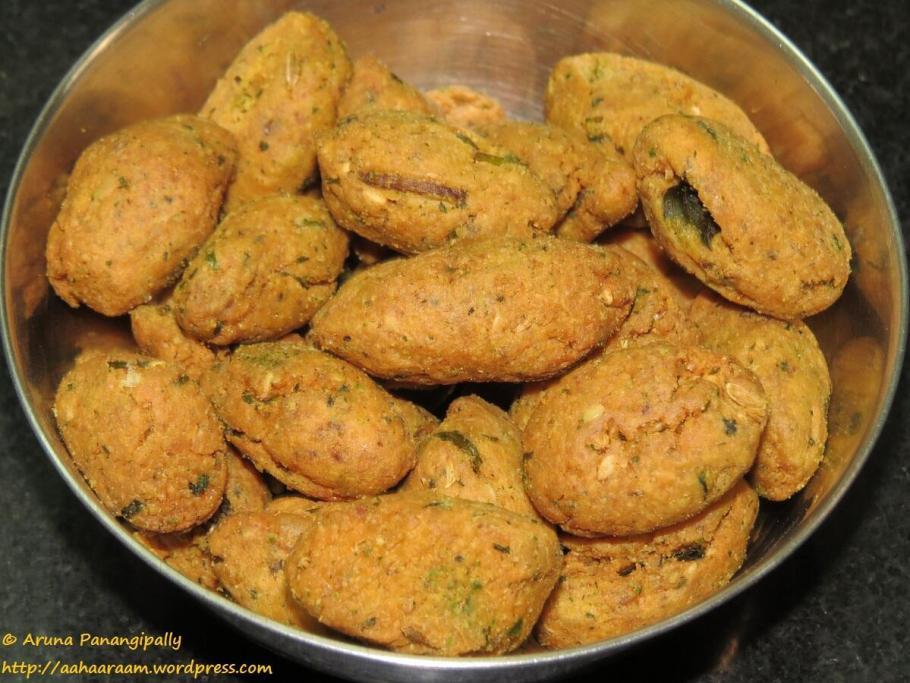 Fried Methi Muthia | Methi Muthiya