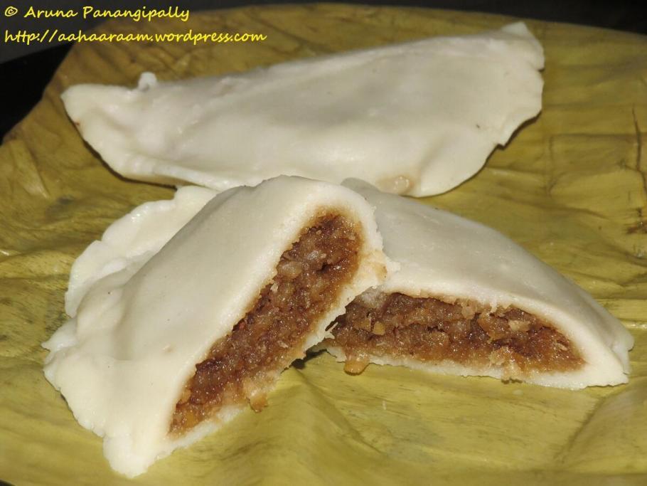 Elai Adai or Ela Ada - Onam and Vishu Sadya Recipe from Kerala
