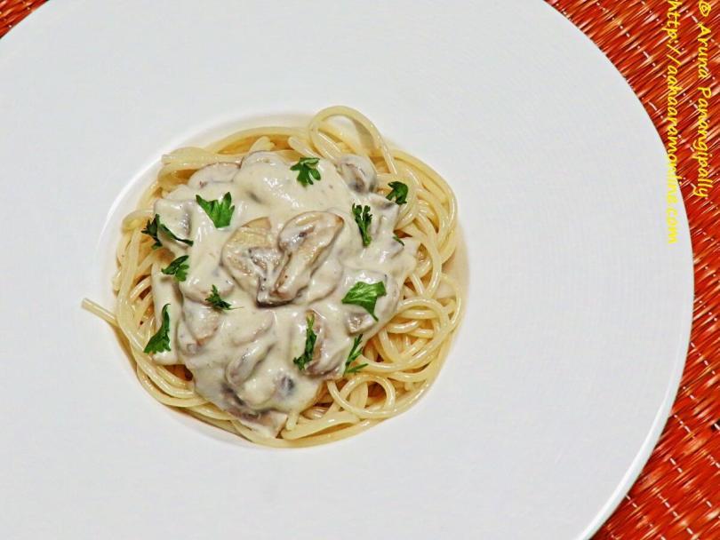 Vegan Mushroom Sauce for Pasta
