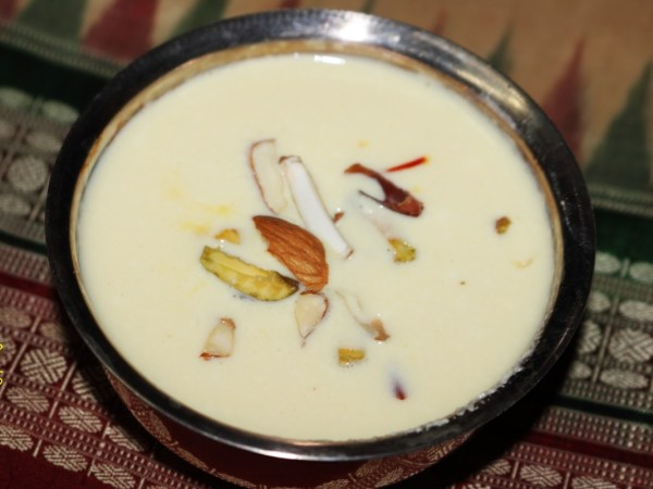 Bengali Channar Payesh (Chennar Payesh) garnished with dry fruits