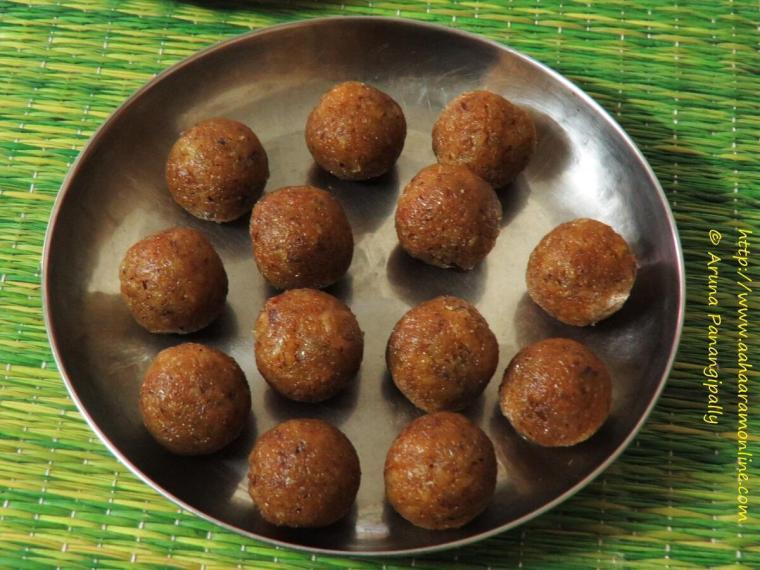 Andhra Kobbari Louz | Bengali Narkel Naru