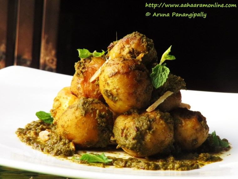 Aloo Chutneywale | Baby Potatoes Cooked in Coriander Mint Chutney