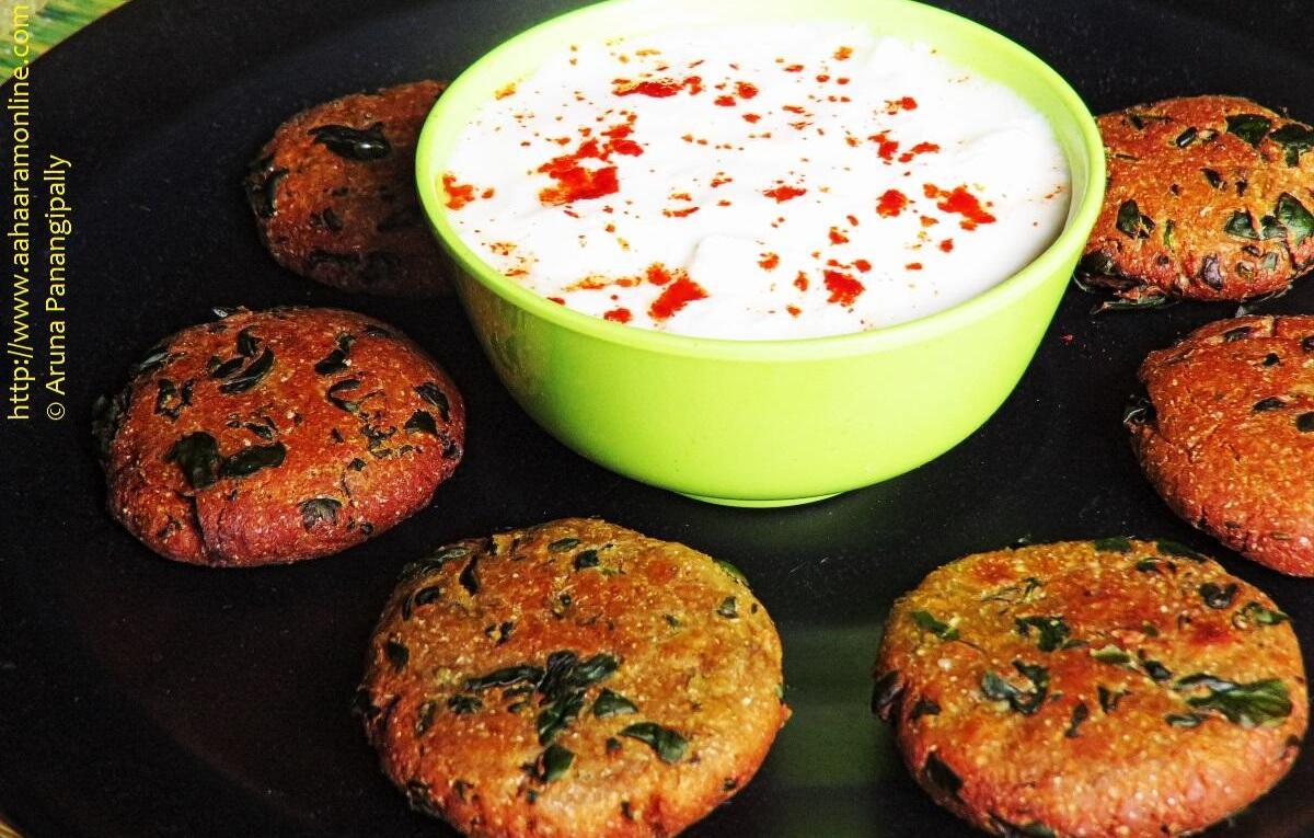 Methi Dhebra served with yogurt