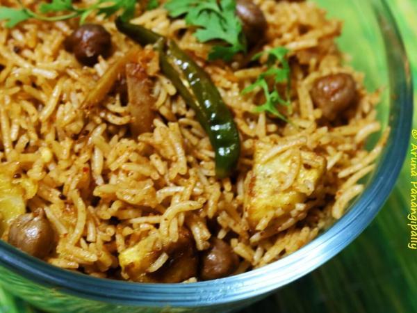 No Onion, No Garlic Chole Biryani | Spicy Chickpeas in Rice