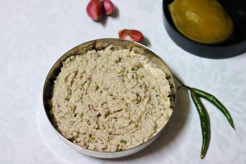 Uppu Manga Chamanthi | Coconut and Brined Mango Chutney from Kerala