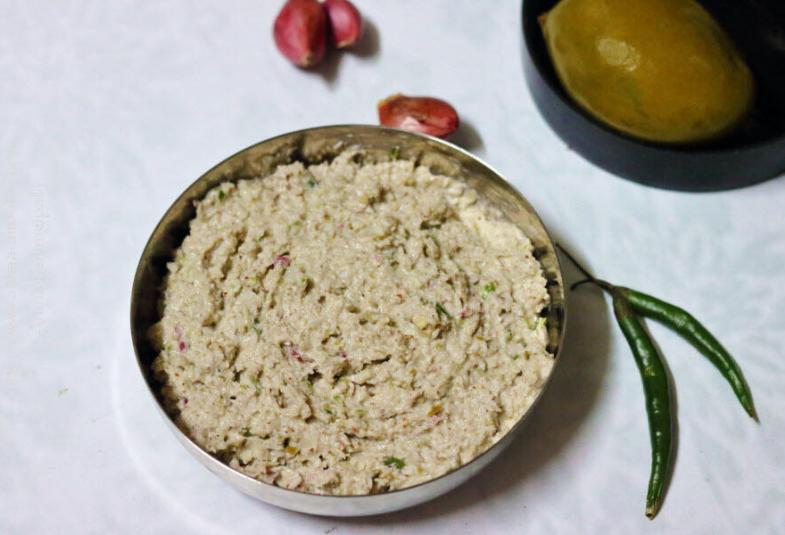 Uppu Manga Chamanthi   Coconut and Brined Mango Chutney from Kerala