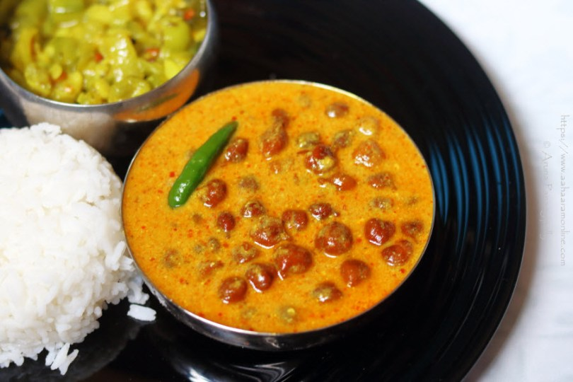 Jaisalmeri Kala Chana Kadhi made with chana and dahi