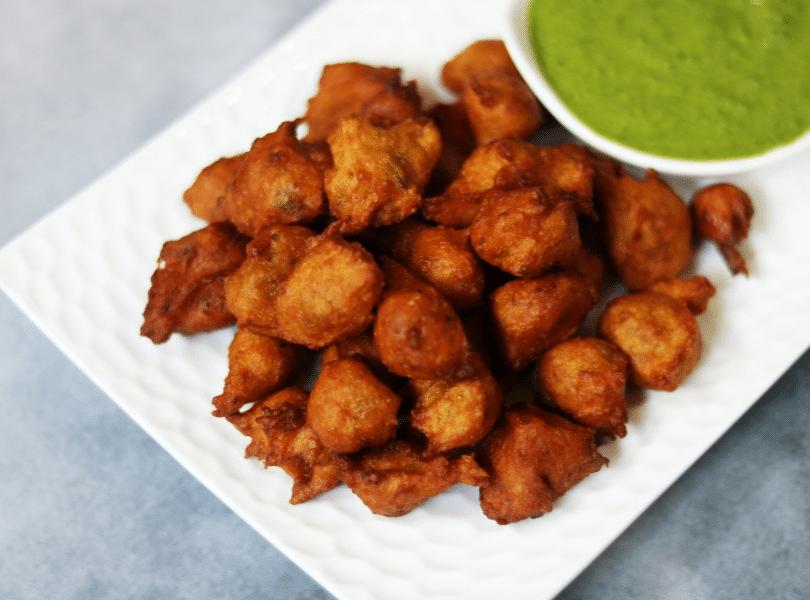 Kohlyache Bonde | Sweet Pumpkin Pakoras | Pumpkin Fritters from Vidarbha