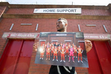 Martin Parr. Team photograph of Partick Thistle FC, held by David Amoo.