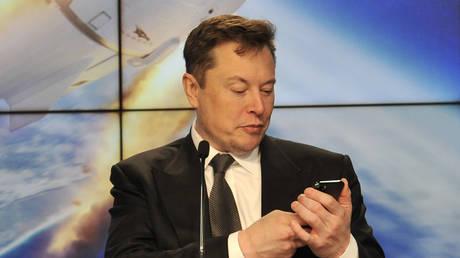 FILE PHOTO: Elon Musk © Reuters / Steve Nesius