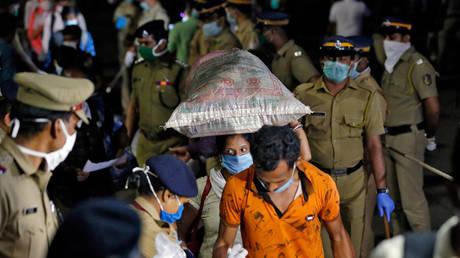 FILE PHOTO © Reuters / Sivaram V