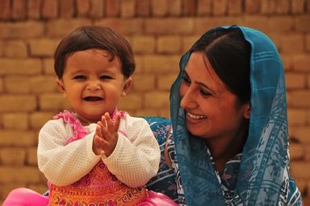 بچوں میں ذہانت ماں سے منتقل ہوتی ہے: تحقیق