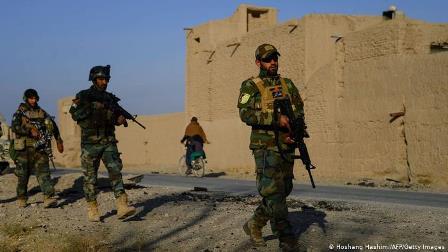 افغانستان: غزنی اور زابل میں دو خود کش حملے، 30 فوجی ہلاک 24 زخمی