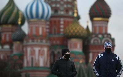 کورونا وباء آئندہ موسم گرما میں ختم ہو جائے گی تاہم کووڈ-19 موسمی نزلے کے وائرس کے طور پر برقرار رہے گا: روسی طبی ماہر