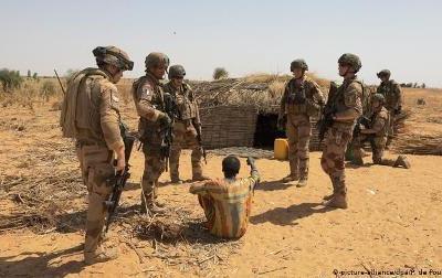مالی میں 3 دنوں میں 5 فرانسیسی فوجی ہلاک: شمال مغربی افریقی ممالک میں بڑھتی فرانسیسی مداخلت کے خلاف مقامی مزاحمت بڑھنے لگی