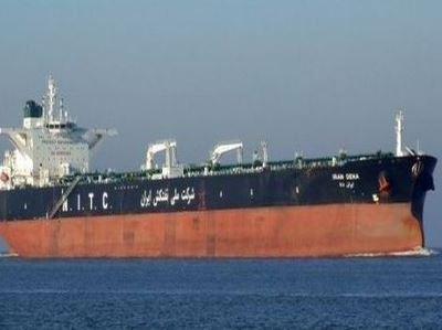 معاشی پابندیوں کے باوجود ایران کی یومیہ تیل کی برآمدات 5 لاکھ بیرل سے زائد