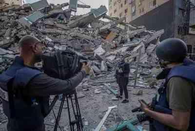 غزہ میں بین الاقوامی نشریاتی اداروں کے زیر استعمال عمارت پر بمباری: اے پی، الجزیرہ سمیت دنیا بھر سے مذمت، تحقیقات کا مطالبہ