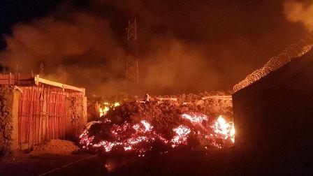 کانگو: آتش فشاں پھٹنے سے آبادی کا بڑا حصہ متاثر، نقل مکانی تیز، لاوا تباہی مچاتے ہوئے شہر کی طرف رواں