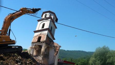 بوسنیا ہرزیگووینا: 78 سالہ فاطا حسینووچ کو 29 سال بعد انصاف مل گیا، ناجائز قبضے پر تعمیر سرب کلیسا منہدم کرنے اور ہرجانے کی ادائیگی کا حکم