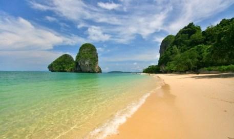 شاطئ ريلاي