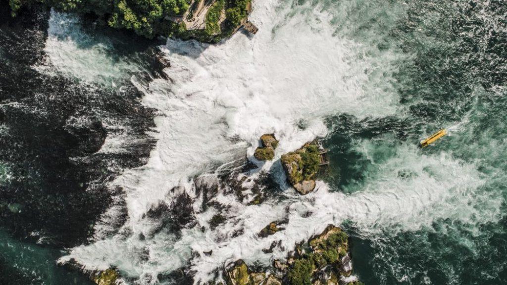 أجمل الشلالات في سويسرا
