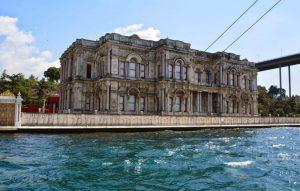 قصر بيلاربيه