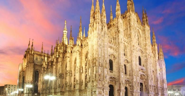 المعالم السياحية في مدينة ميلانو هي كاتدرائية ميلانو