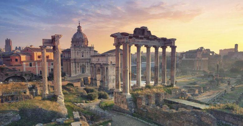 مدينة روما المنتدى الروماني الوطني