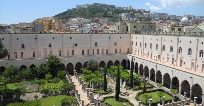 المعالم السياحية في مدينة إسيزي كنيسة سانتا دي كيارا