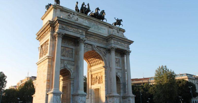 المعالم السياحية في مدينة ميلانو قوس النصر