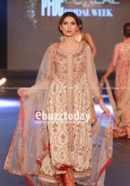 Misha-lakhani-pfdc-loreal-paris-bridal-week-201329644255