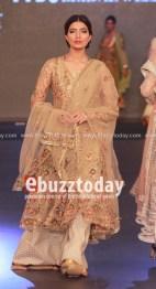 Misha-lakhani-pfdc-loreal-paris-bridal-week-201329644288