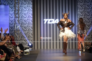 PIFD-collection-at-TDAP-Fashion-Show-Expo-Pakistan-2013-7